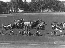 Lietuvos jaunimo delegacija (centre) Pabaltijo tautinės kultūros šventėje Taline, 1926 m.