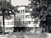 Chamber of the Faculty of Chemical Technology, former Military Research Laboratory of the Ministry of National Defence in 1935–1940. It was handed transferred to the University of Kaunas at the initiative of col. Juozas Vėbra on 23 August 1940. Architect Vytautas Landsbergis-Žemkalnis.