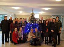 Decorating of the Christmas tree at the faculty, 2017 (Photograph by Jonas Klėmanas)