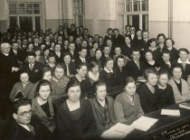 Prof. J. Tumas-Vaižgantas with students at the classroom of the University of Lithuania, 1924. (Original is in KTU Library)