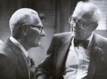 1941 m. Birželio sukilimo vadovai A. Damušis ir J. Vėbra, minint 50-ąsias sukilimo metines, 1991 m. (V. Maželio nuotr.) (Iš A. Damušio šeimos archyvo)