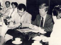 A. Karoblis and S. Šaltenis at the meeting for the restoration of the newspaper