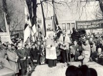 Fragment of the Independence Celebration meeting in Kaunas, 16 February 1989. (From the archives of A. Karoblis family)