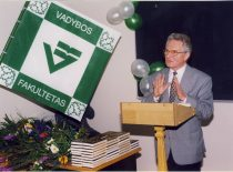 28. 30th anniversary of the faculty, 1998. Speaking – prof. Povilas Vanagas.