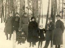 With doctor Benjaminas Petrovas in Alytus, 1921.